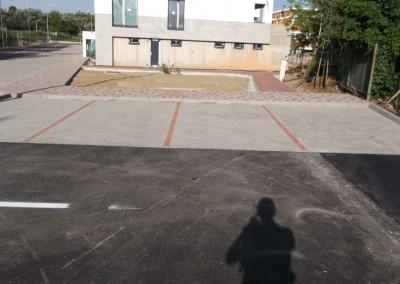 montaz zamkovych chodnikov a parkovacich miest pred objektom A a B1(2)
