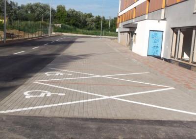 montaz zamkovych chodnikov a parkovacich miest pred objektom A a B1(4)